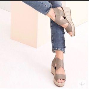Eileen Fisher Willow3 Espadrille Wedge Sandals 8.5